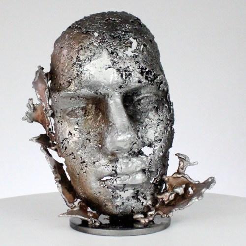 une larme 97-21- Sculpture tête métal Acier bronze aluminium - Sculpture head metal Steel bronze aluminum - Philippe Buil