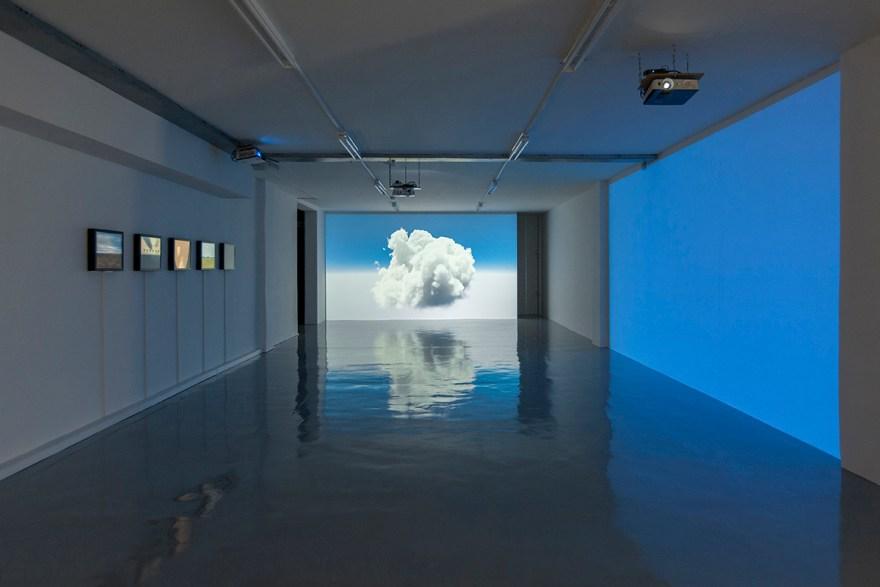 Clouds of the Second Kind, Philipp Gasser, Installation Ansicht, Zlín Czech Republic