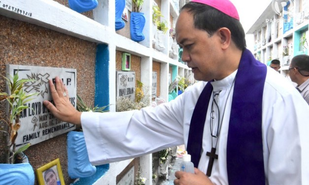 Embattled Bishop Pablo Virgilio 'Ambo' David fights back at Duterte