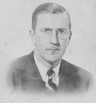 Phillips-Howard-Lester-Sr-1945-passport-photo
