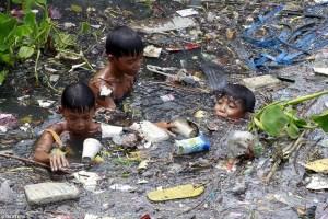 polusyon sa basura Magiging sanhi ng pagkatapon ng anumang maging sanhi ng polusyon sa anumang  mga basura, mga likido na ginagamit sa mga sasakyan, at iba pang.
