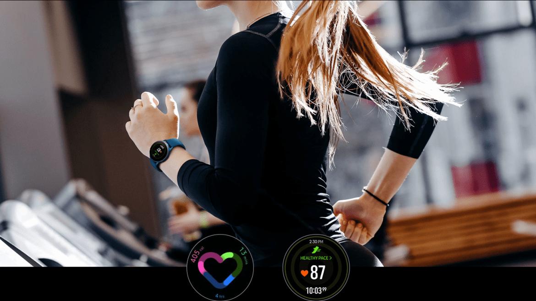 mulher fazendo running com o Galaxy Watch Active;