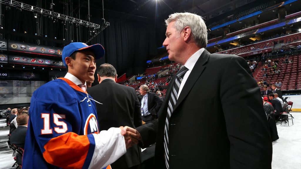 Misha Song '16 Becomes First Chinese-Born Player Drafted into N.H.L.