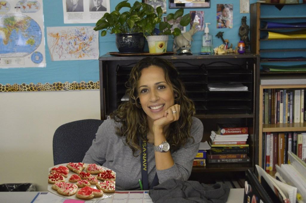 Phillipian Humor: Single Teacher Bakes Valentines Cookies for Class