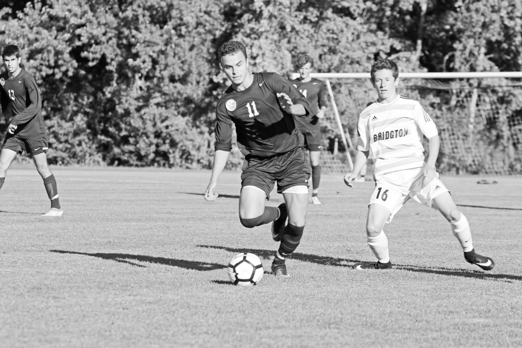 Boys Soccer Unable to Recover from Early Deficit