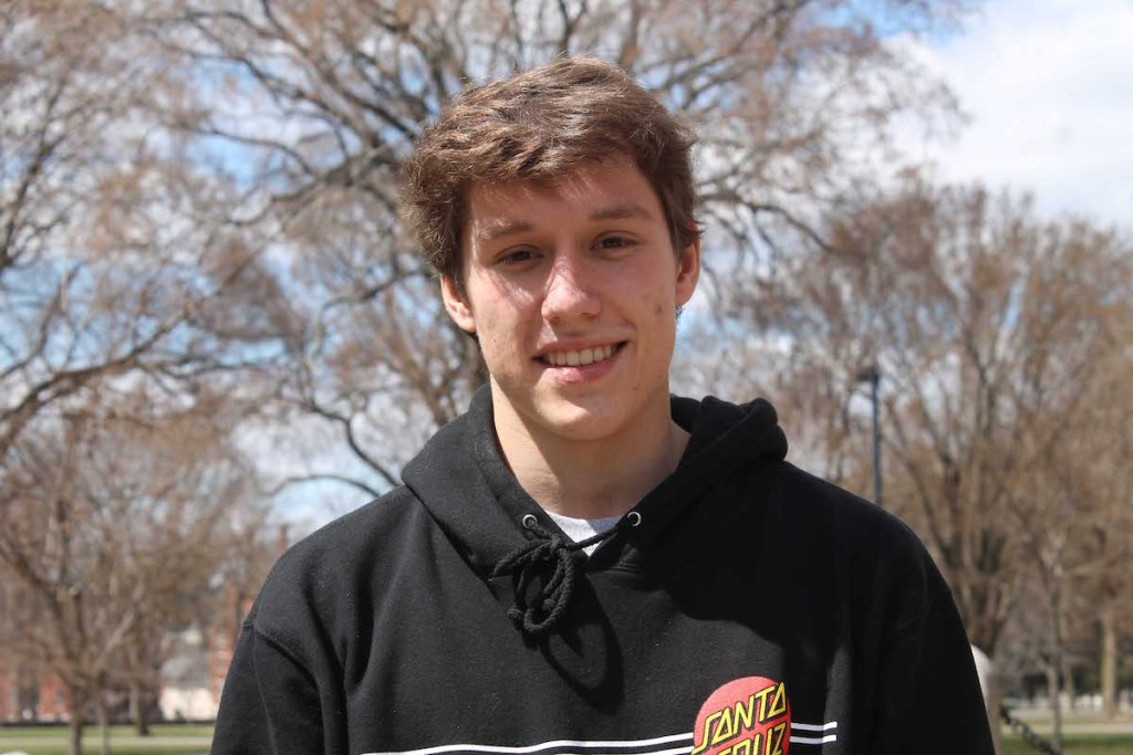 Athlete of the Week: Peter Munn '18 Transitions Casual Peruvian Volleyball onto Andover Courts