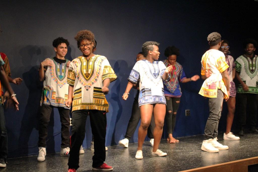 iShowcase Reveals  Facets of International Identities Through  Performance