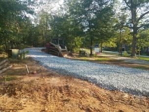 The pristine gravel driveway.