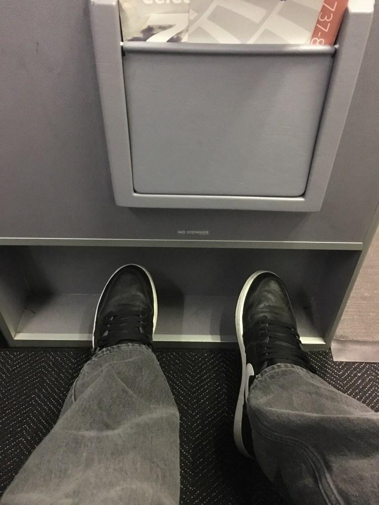 United Airlines legroom