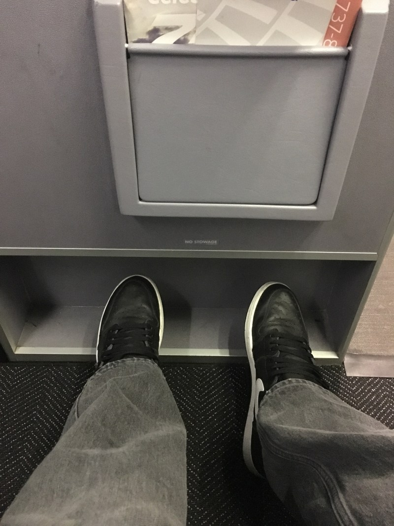 United Airlines legroom