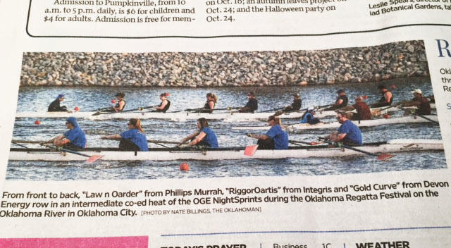 Phillips Murrah rowing team on the course