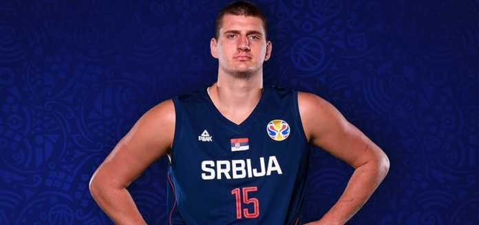 Nikola Jokic passing big man playing in Serbia before getting drafted into the NBA