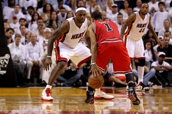 Derrick Rose looks to drive on LeBron James durin the 2011 ECF.