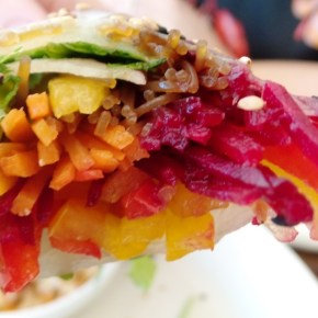 The Living Room Cafe: New American Brunch Fare in Queen Village