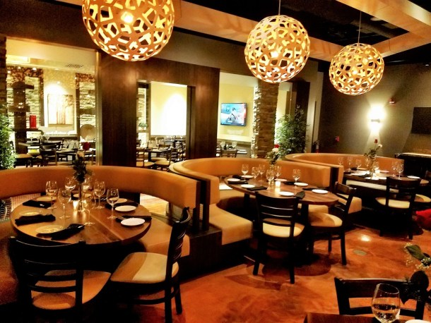 Catelli Duo Moorestown Dining Room