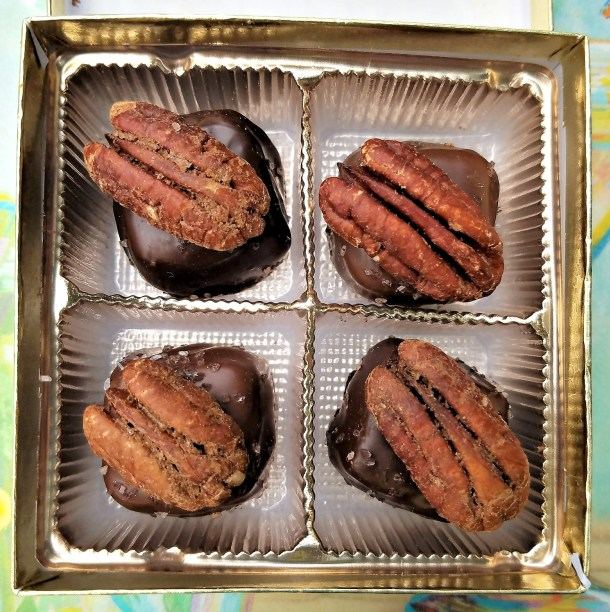 Mert's Caramels with Pecans