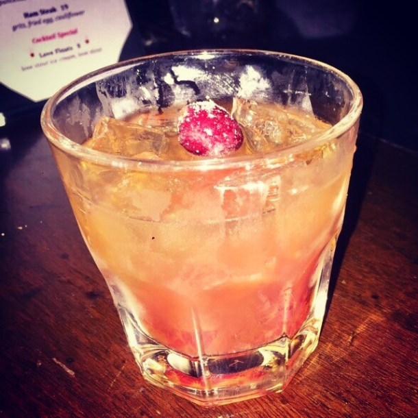 Old Fashioned Holiday at London Grill