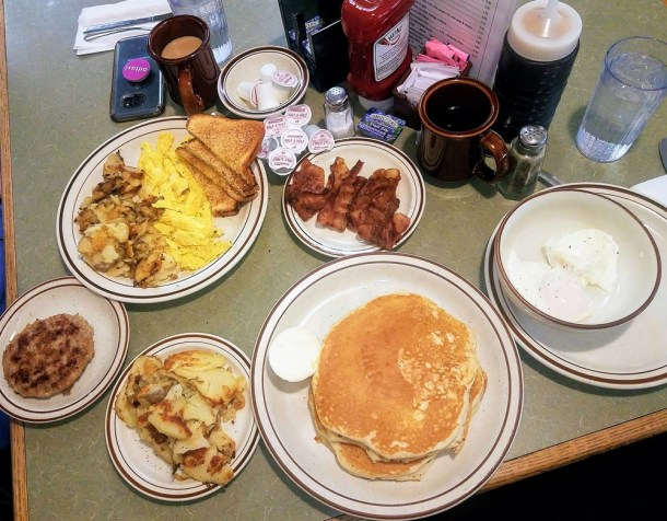 Bright's Restaurant Ephrata PA Breakfast