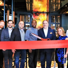 Del Frisco's Grille Ribbon Cutting