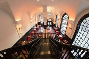 interior-little-lion-restaurant-3