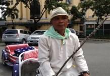 Coachman Jaime Cabillo Mayor Returns Money