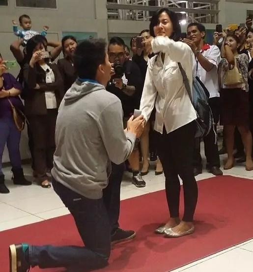 jc intal dating history Manila - newbie kapamilya actress ellen adarna said she is happy for her former boyfriend, basketball player jc intal, who is now engaged to tv host bianca gonzalez.