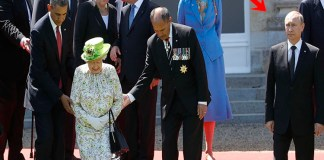 Throwback Photo Of Queen Elizabeth II And Russian President Putin