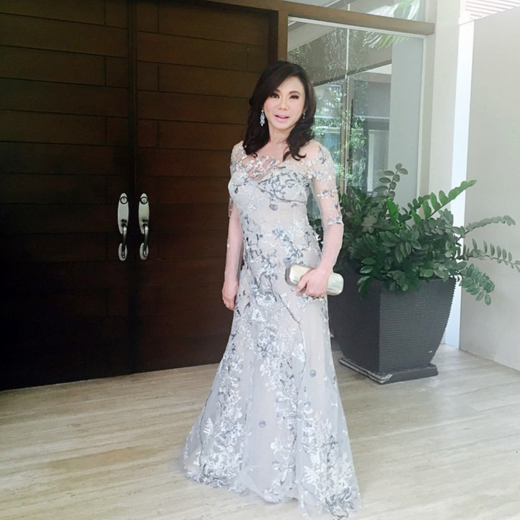 Vicki Belo Exposes Wedding Gown Made By Monique Lhuillier