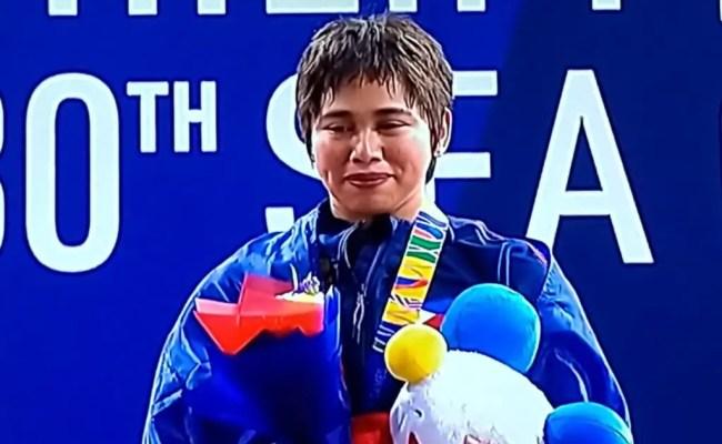 Sea Games 2019 Pinay Weightlifter Hidilyn Diaz Wins 1st Gold