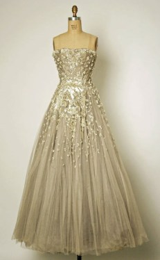 Vintage-Dior-Wedding-Dress