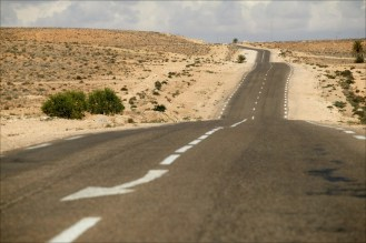 car-travel-tips-desert