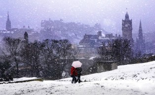 inlingua-Edinburgh-Blizzard-on-Edinburgh-Snow-photo-by-http-lloydsmithphotography.com_