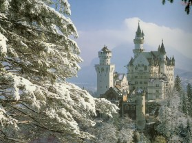 neuschwanstein-castle-germany-in-the-snow-2-lancastria
