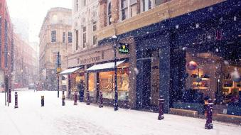 snowing_in_town