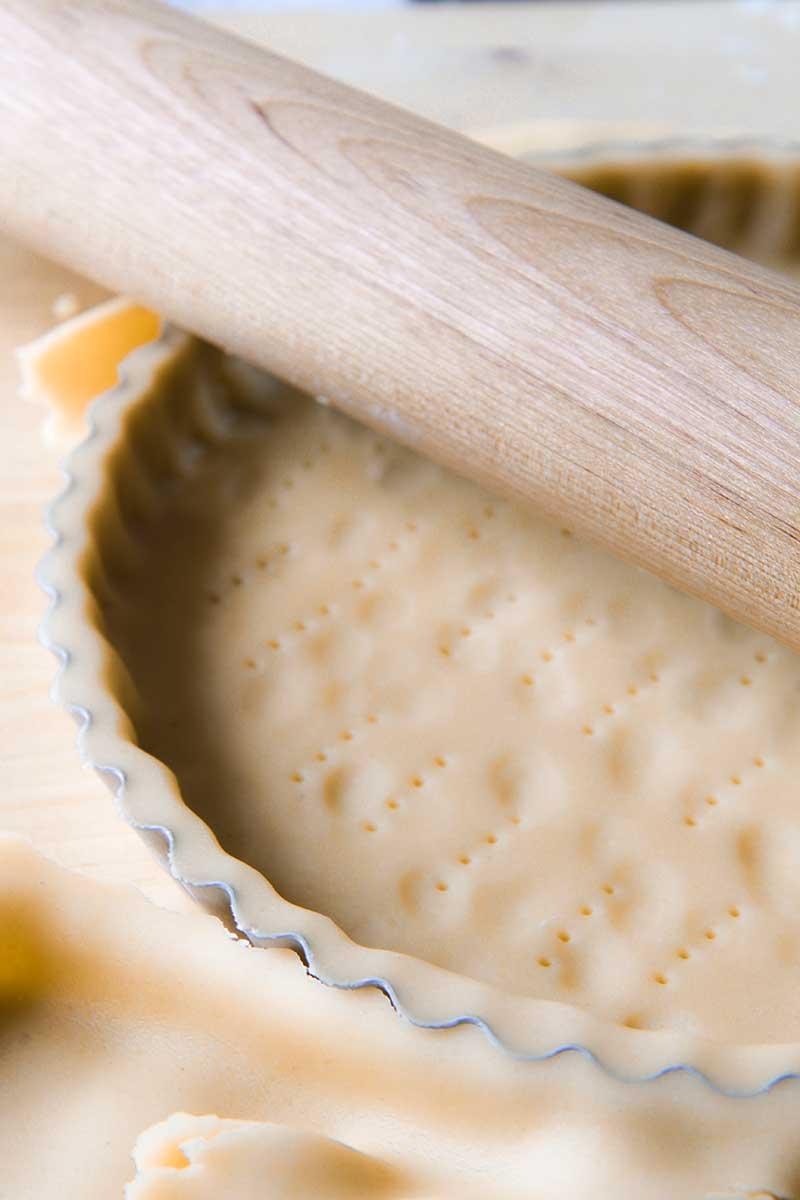 PASTRY CREAM TART italian recipe Torta della Nonna
