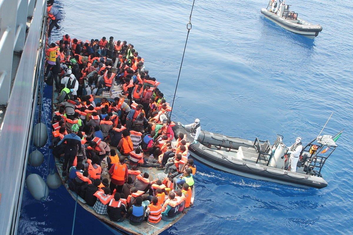 """Immigranten aus Afrika: """" Allahu Akbar! Europa gehört uns!"""""""