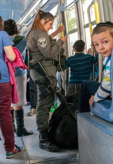 16-04-04-Jerusalem-Straßenbahn-WAT_6246