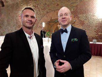 """Dr. Bastian Behrens (r), Pressesprecher der """"Jungen Freiheit"""""""