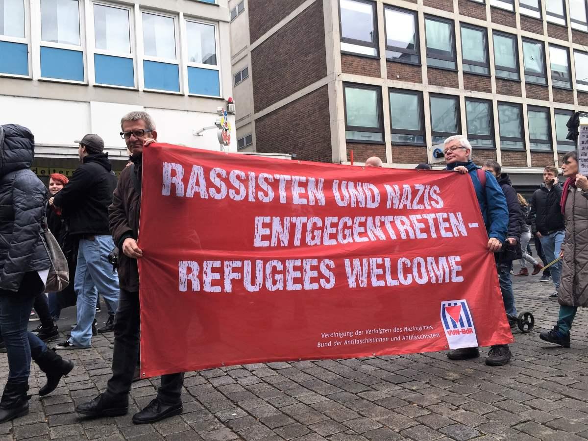 Mittel gegen Migrantenkriminalität: Kampf gegen rechts