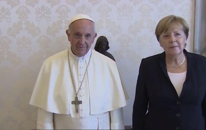 Papst wird doch nicht zur Unterzeichnung des Migrationspakts nach Marokko reisen
