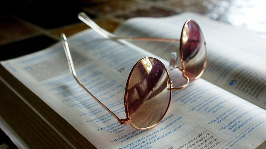 Ein Blick durch die materialistische Monismus-Brille
