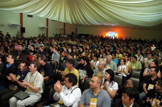 Conference_clapping