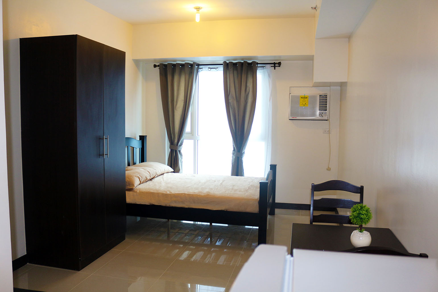 design living room virtual best of modern small ideas affordable studio type for rent in mandaluyong: axis ...