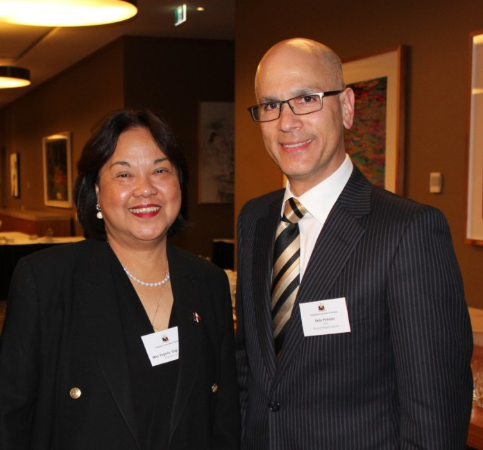 Former Consul General Gigi Kalong and Consul Felix Pintado.jpg