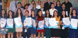 These nurses obtained the Certificate III in Individual Support under the Australian Vocational Education and Training Program with Governor Alfredo Marañon Jr. (backrow, center), Board Members Helen Zafra (2nd from right) and Alain Gatuslao (right), Consul General Januario Rivas (4th from left), and officials of GTNT and Australian Skills Institute and Angels Care Pty Ltd. after the culminating activity held at the Capitol Social Hall in Bacolod City on Tuesday. (Photo courtesy of Negros Occidental Capitol PIO)