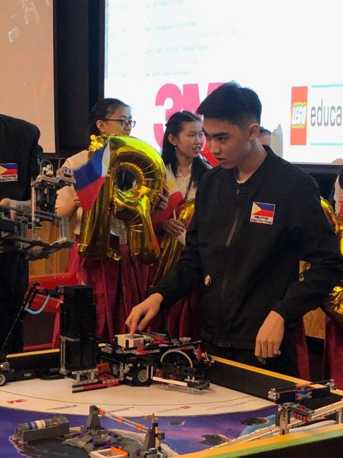 Grace Christian School Top 7 Robot Game Entry