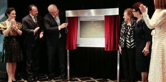 Unveiling of Doltone House commemorative plaque in memory of Frank Anthony Stubbs and Biaggio Signorelli (L-R) Nina Signorelli, Paul Signorelli, The Hon. Scott Morrison MP, Prime Minister of Australia, Dolly Stubbs, Fina Signorelli and Nina Signorelli (Photo Credit: Doltone House)