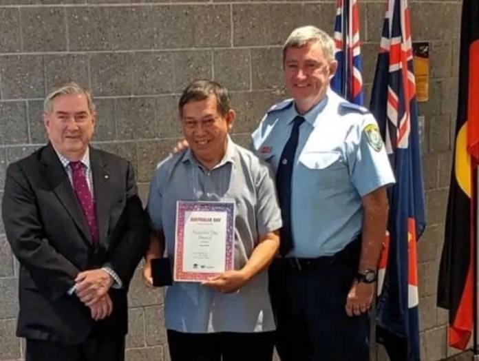 Penrith City Mayor Ross Fowler Jun Relunia and 2019 NSW Volunteer of the Year Robert Fitsgerald