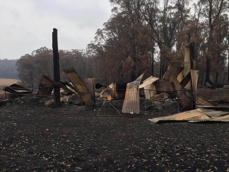 Property of a Filipina burnt down in Gelantipy