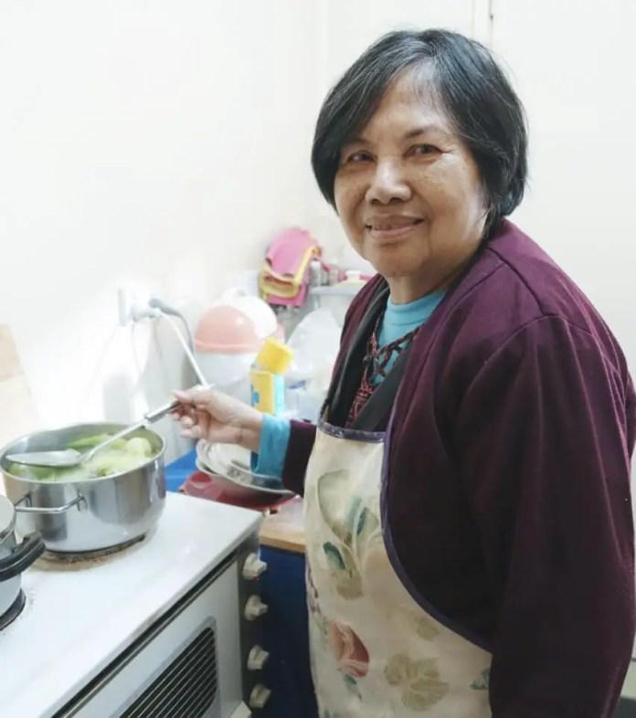 Rita enjoys cooking Tinolang Isda (Fish in Ginger Broth), a healthy traditional Filipino dish. | Photo: Jason Cordi